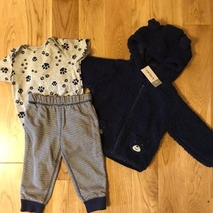Carter's bear paw  3 piece outfit